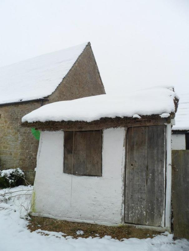 7 hut in snow